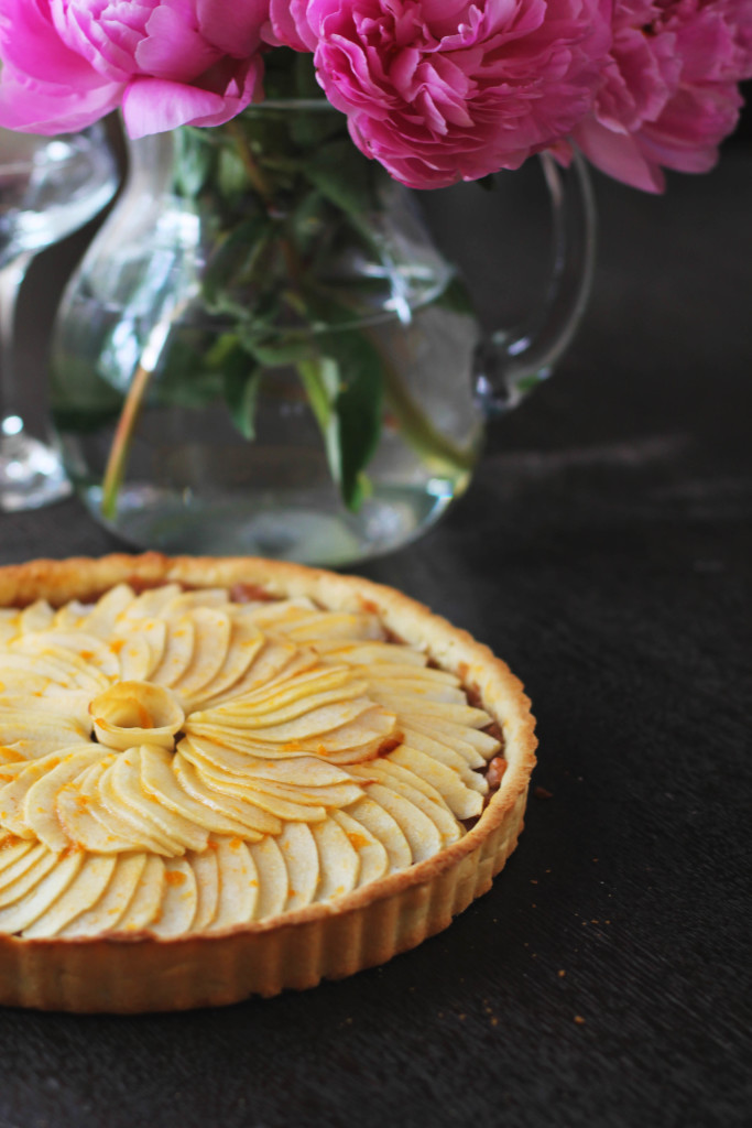 The PERFECT french apple tart recipe. You won't need another.