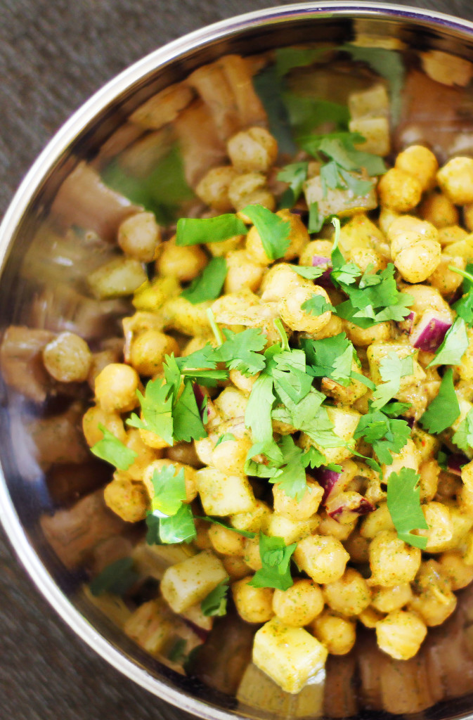 Chaat Salad- great recipe for a refreshing Indian Salad with chickpeas and cucumber.