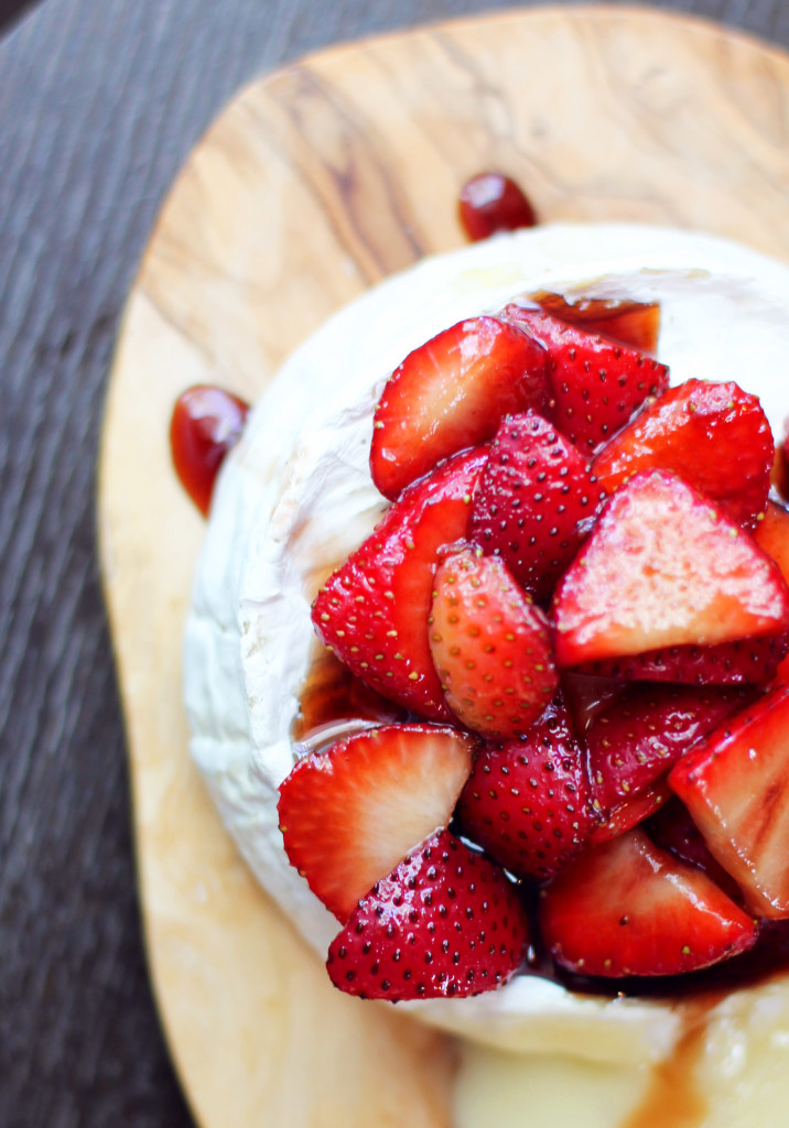 The perfect summer appetizer- and so EASY! Baked camembert cheese with Balsamic Macerated Strawberries.