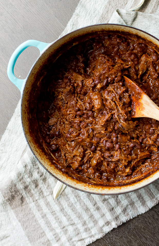 Short Rib Black Bean Chili - THE GOURMET GOURMAND