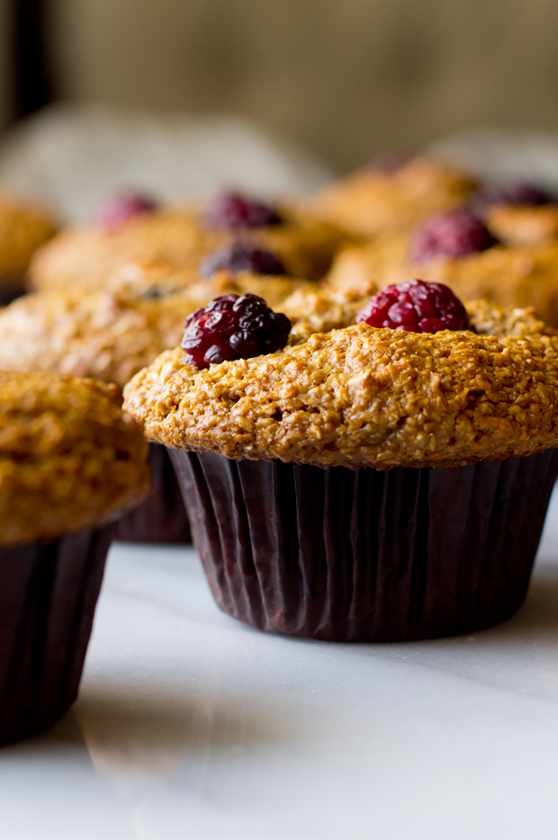 Blackberry Bran Muffins - THE GOURMET GOURMAND