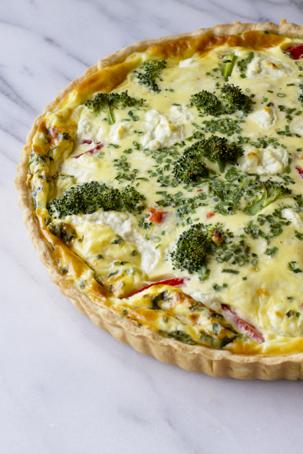 Vegetable and Goat Cheese Quiche - THE GOURMET GOURMAND