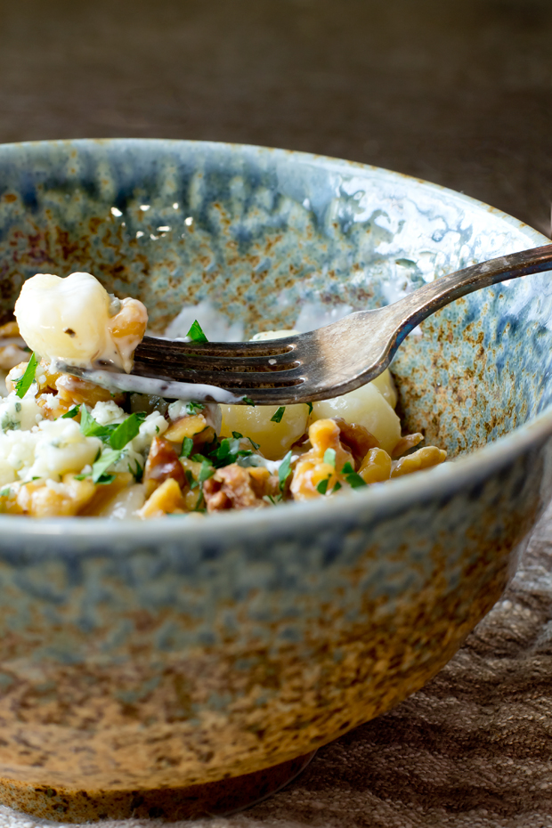 Gnocchi with Gorgonzola Sauce and Walnuts - THE GOURMET GOURMAND