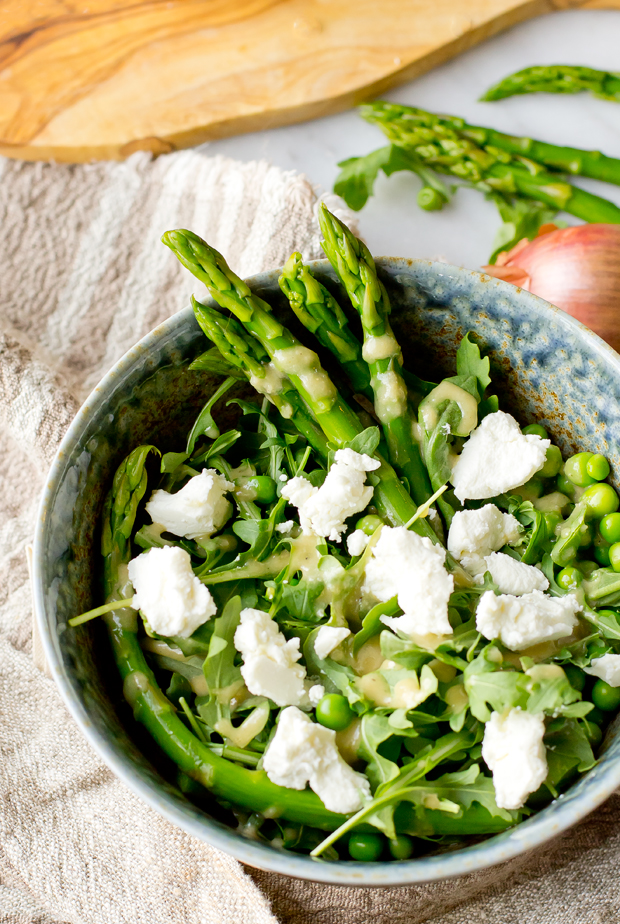 Spring Salad with Asparagus and Peas - thegourmetgourmand.com